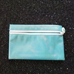 [ipsy] SHIMMERY AQUA BLUE Cosmetics Makeup Bag